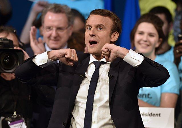 Premiers coups de canif dans la présidence jupitérienne ?